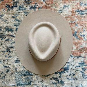 Equal Uprise Hat